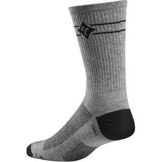 Specialized Women's Andorra Pro Tall Sock, Carbon - Radsocken
